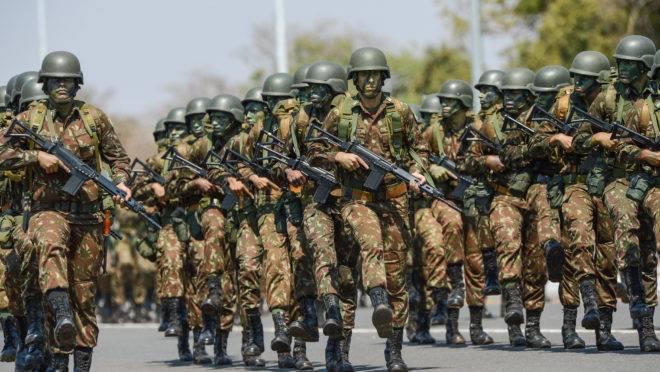 Reforma que muda regras da aposentadoria militar seguiu para sanção do presidente Jair Bolsonaro.