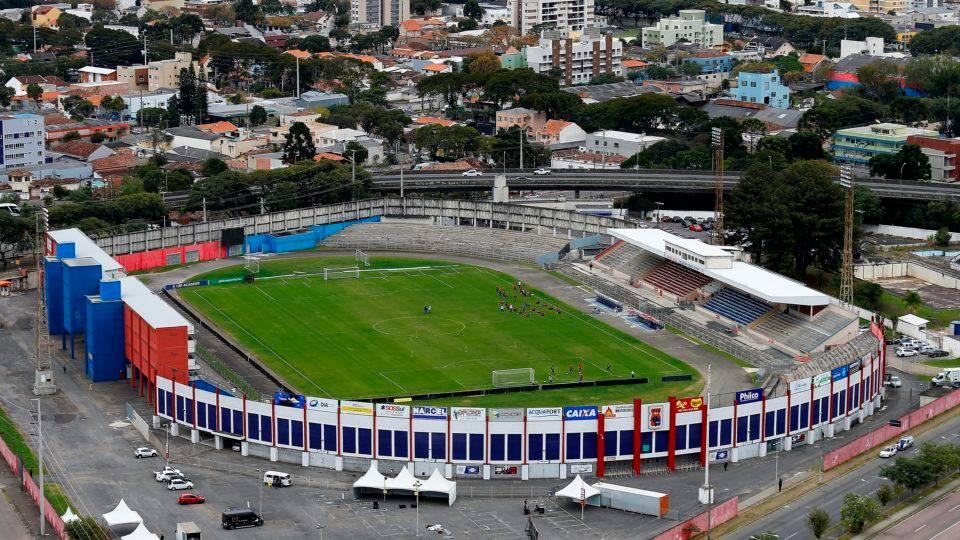 Resultado de imagem para estádio do paraná clube