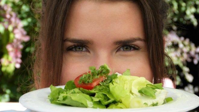 Brancos, ricos, urbanos, jovens e progressistas, os veganos afetam uma superioridade moral incompatível com a realidade alimentar do planeta.