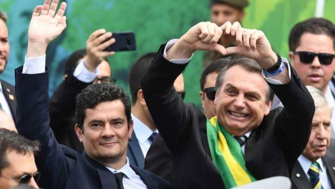 Senado aprova pacote anticrime do ministro da Justiça e Segurança, Sergio Moro, e segue para sanção do presidente Jair Bolsonaro.