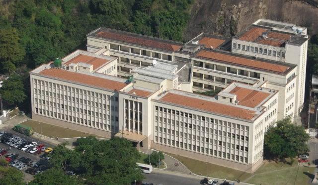 O Instituto Militar de Engenharia (IME) é a instituição de ensino superior pública melhor avaliada no país.