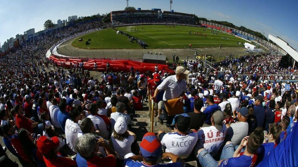 Missão para 2020: antes trunfo, Paraná perde força como mandante na Vila Capanema