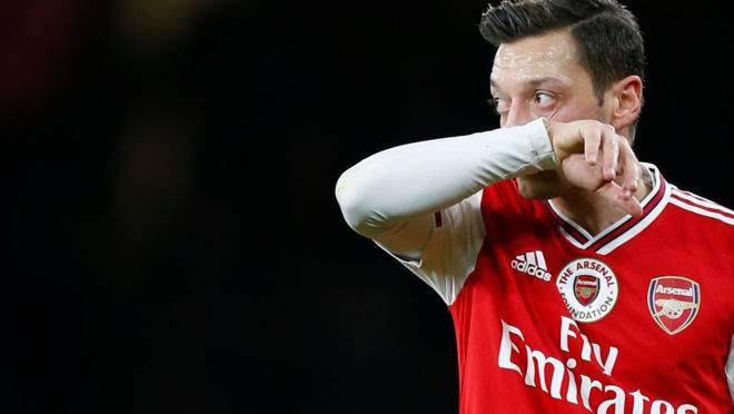 Meia alemão do Arsenal, Mesut Ozil