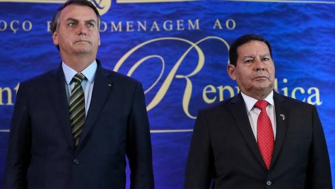 O presidente Jair Bolsonaro e seu vice, Hamilton Mourão.