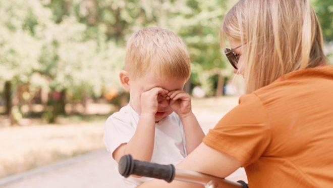 Pais que administram corretamente suas emoções e trocam os gritos por empatia auxiliam no desenvolvimento emocional das crianças e adolescentes