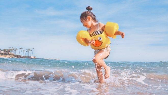 A cada dois dias, uma criança morre afogada em casa no Brasil, segundo a Sociedade Brasileira de Salvamento Aquático.