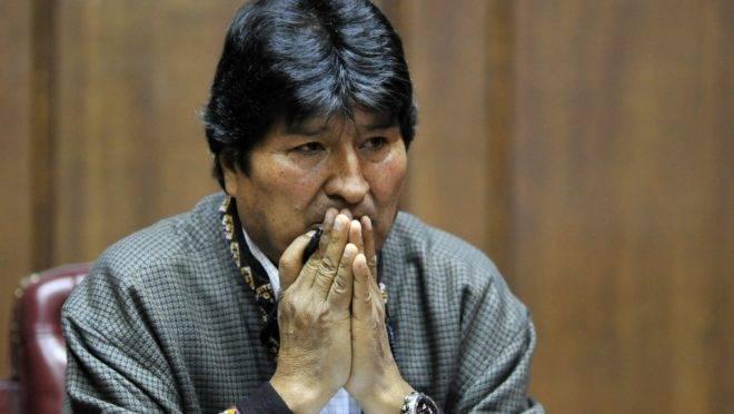 O ex-presidente da Bolívia Evo Morales fala com jornalistas na Cidade do México, onde estava asilado, 27 de novembro de 2019