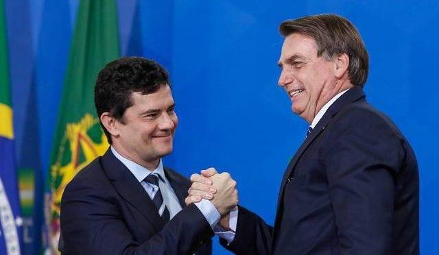O ministro da Justiça, Sergio Moro, e o presidente da República, Jair Bolsonaro.