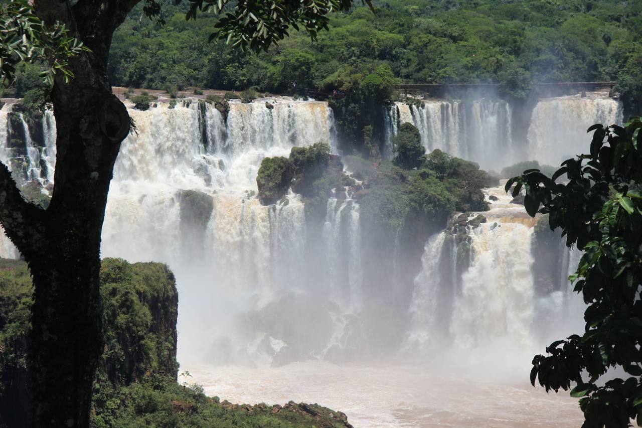 A atração principal do parque são as Cataratas do Iguaçu. Foto: Divulgação/ Cataratas do Iguaçu S.A.