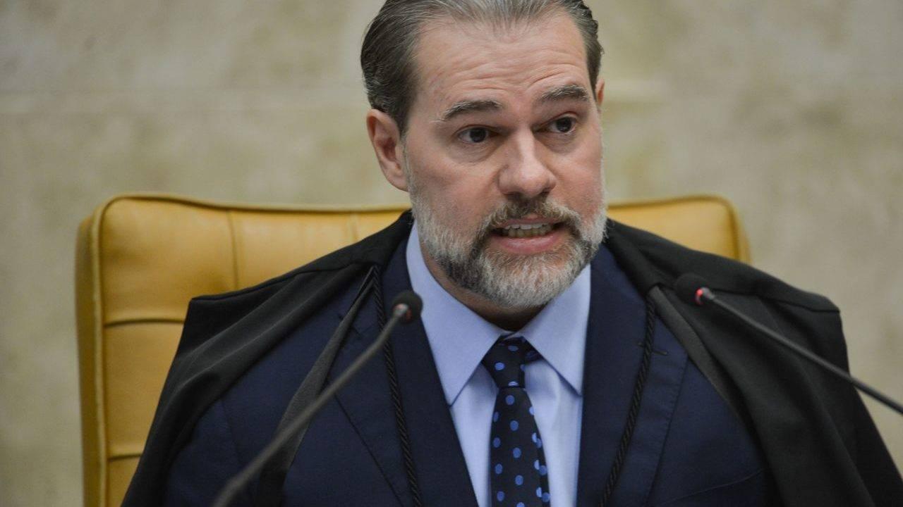 Toffoli adia julgamento sobre prisão em primeira instância