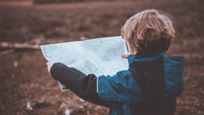 Mostrar para as crianças as diferenças que existem no mundo e proporcionar experiências concretas ampliam horizontes e fortalecem a capacidade de diálogo.