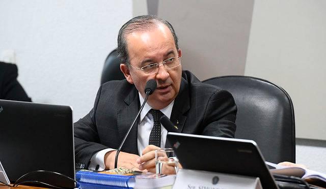 Senador Jorginho Mello (PL-SC).