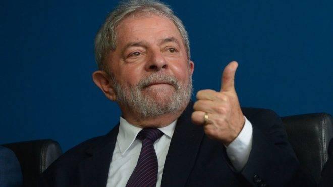 Assessores de Lula custaram quase R$ 929 mil durante a sua prisão.