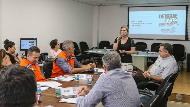 Primeira reunião do Comitê Intersetorial do Controle da Dengue no Paraná, em janeiro de 2020: cenário preocupante.