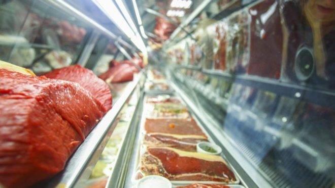 A carne foi um dos produtos que registraram forte aumento em 2019, influenciando o desempenho do IPCA.