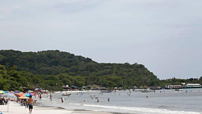 Ilha do Mel deve receber obra para abrigar turistas de navios de cruzeiro.