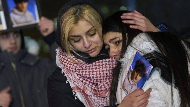 Vigília pelas vítimas do voo 752 da Ukrainian Airlines, na Mel Lastman Square, em Toronto, Ontário, em 9 de janeiro de 2020: 63 canadenses morreram no voo