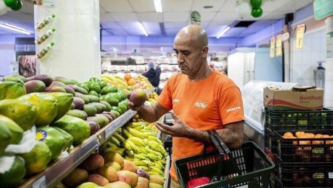 Na plataforma Supermercado Now o consumidor faz as compras online e recebe as mercadorias em até duas horas.