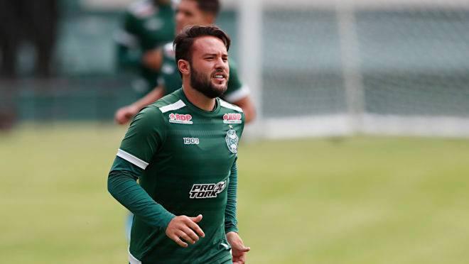 Giovanni foi um dos destaques na reta final do Coritiba na Série B