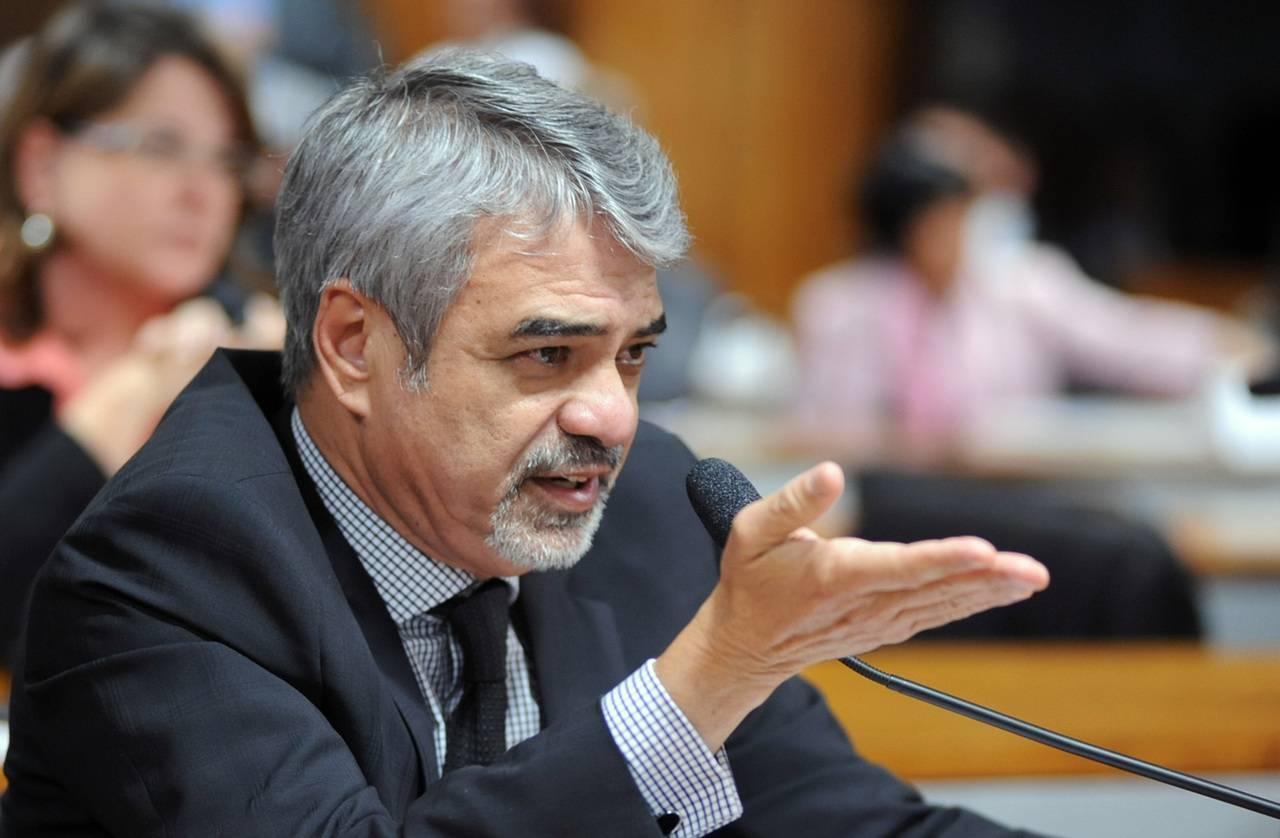 O senador Humberto Costa. Foto: Laycer Tomaz/Agência Câmara.