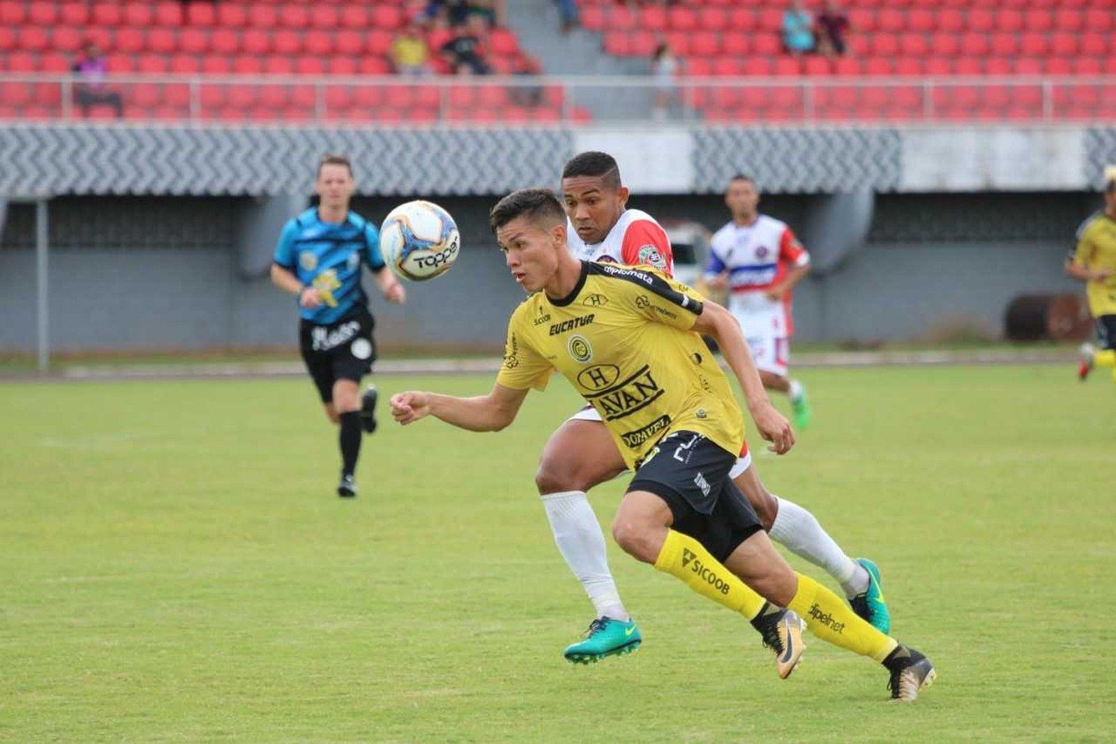 Lucas Tocantins retorna ao FC Cascavel após uma passagem pelo Coritiba. Foto: Divulgação/Cascavel