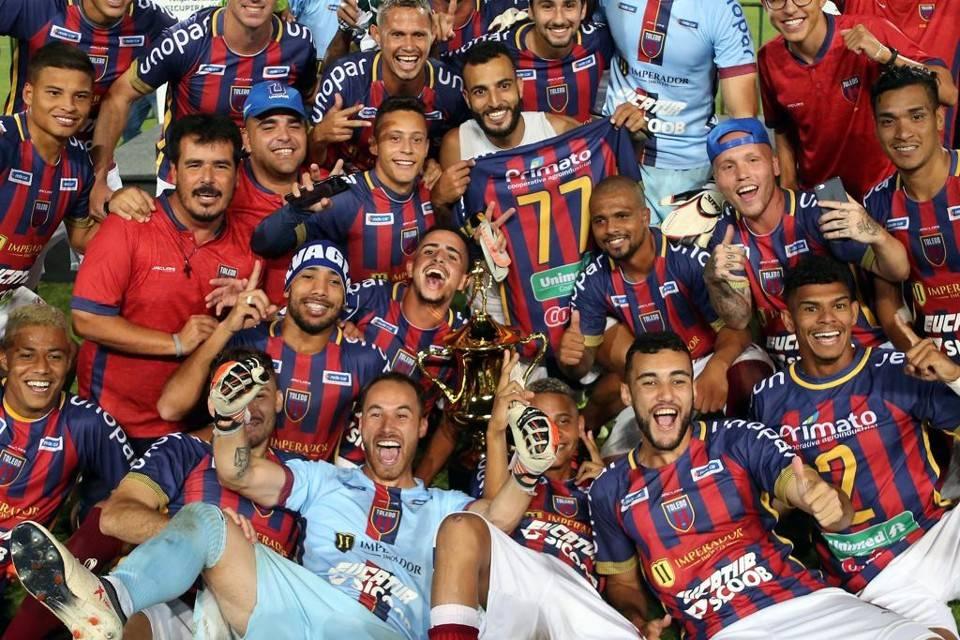 Toledo foi campeão do primeiro turno do Estadual 2019 e busca novamente um bom desempenho esse ano. Foto: Albari Rosa/Gazeta do Povo