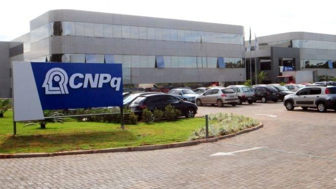 """O CNPq foi alvo de auditoria por parte da Controladoria-Geral da União (CGU) que publicou, em setembro de 2018, um relatório em que apontou a necessidade de maior """"integridade"""" na função principal da agência, que é a concessão de bolsas."""