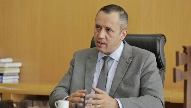 Roberto Alvim perde cargo no governo Bolsonaro após repetir citação de ministro nazista