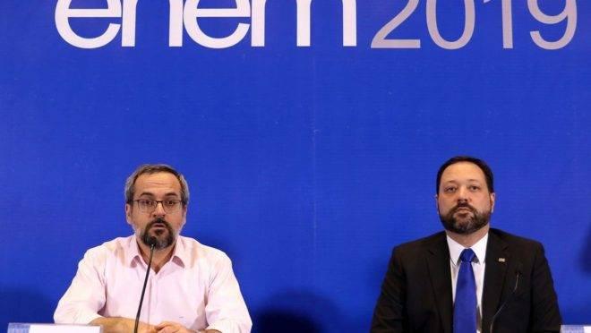 Presidente do Inep, Alexandre Lopes, ao lado do ministro da Educação, Abraham Weintraub. Foto: Wilson Dias/Agência Brasil