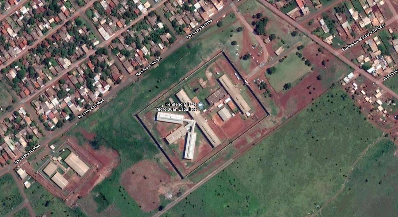 Vista aérea da prisão em Pedro Juan Caballero.