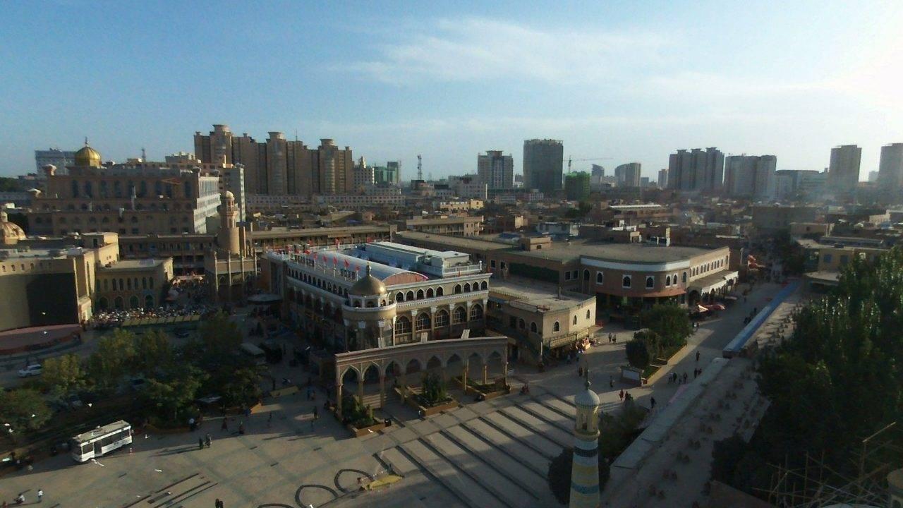 Terremoto sacudiu a região da cidade de Kashgar (foto), no noroeste da China