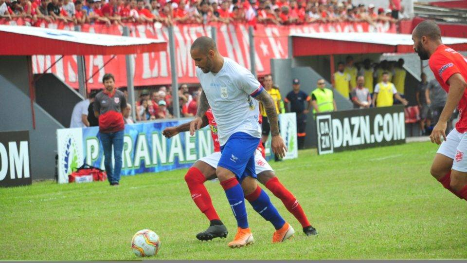 Paraná sente a falta de entrosamento e só empata com o Rio Branco na estreia