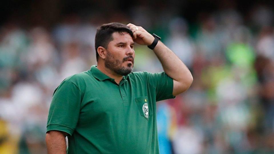 Eduardo Barroca revela que vai fazer rodízio no gol do Coritiba