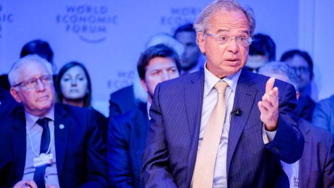 O ministro Paulo Guedes em um dos painéis do Fórum Econômico Mundial.
