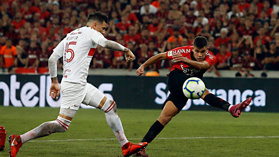Athletico acerta venda de Bruno Guimarães para o Lyon por valor recorde
