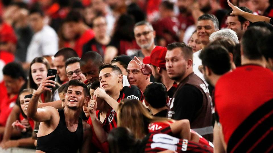 Bruno Guimarães fará falta imensa ao Athletico. E o Lyon é pouco para o volante
