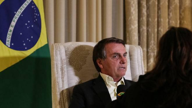 Presidente da República Jair Bolsonaro durante entrevista em Nova Délhi