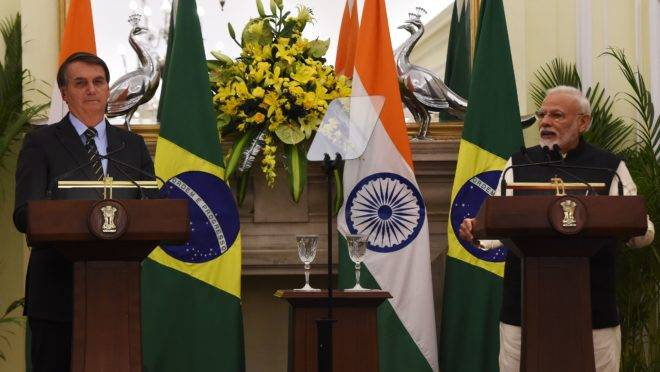 Os presidentes do Brasil, Jair Bolsonaro, e da Índia, Narendra Modi
