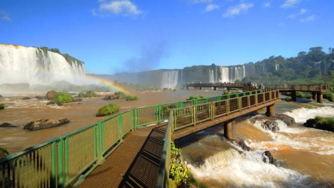 Somente as cataratas do Iguaçu receberam mais de 2 milhões de visitantes em 2019