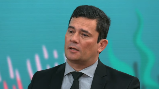 Moro nega que pretenda deixar o governo Bolsonaro