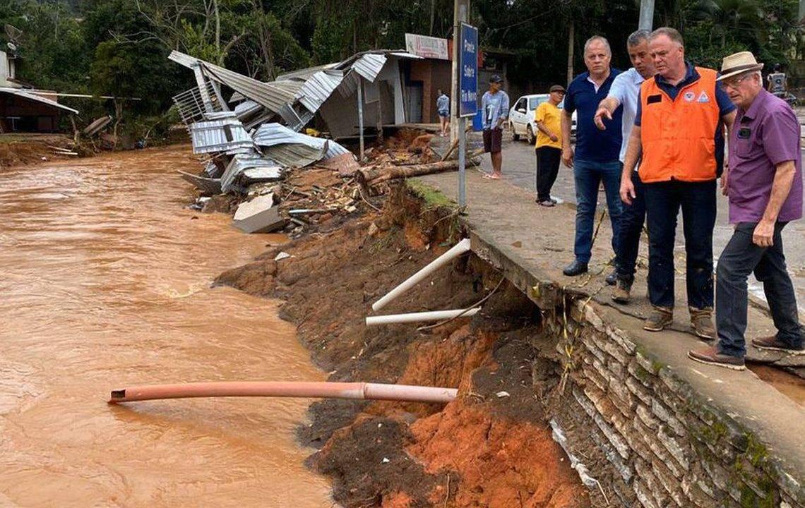 Governo aguarda pedidos formais de ajuda dos estados atingidos pela chuva