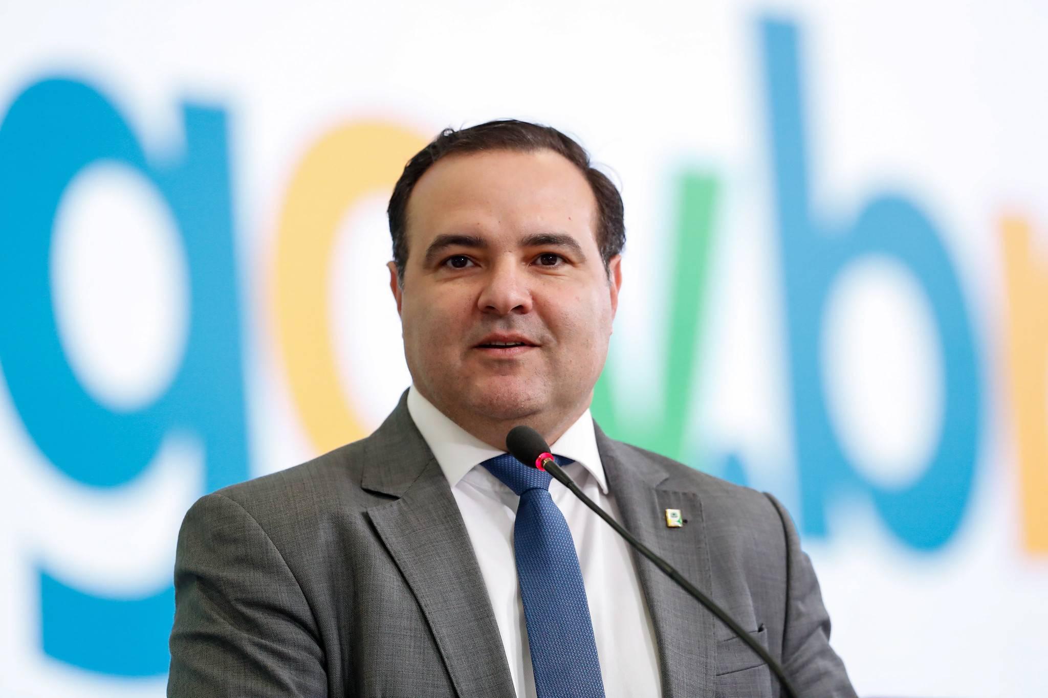 Quem é Jorge Oliveira, o amigo de Bolsonaro cotado para o STF
