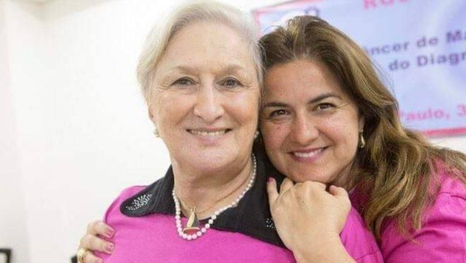 Ela criou uma ONG para ensinar voluntários a cuidar de pacientes com câncer de mama