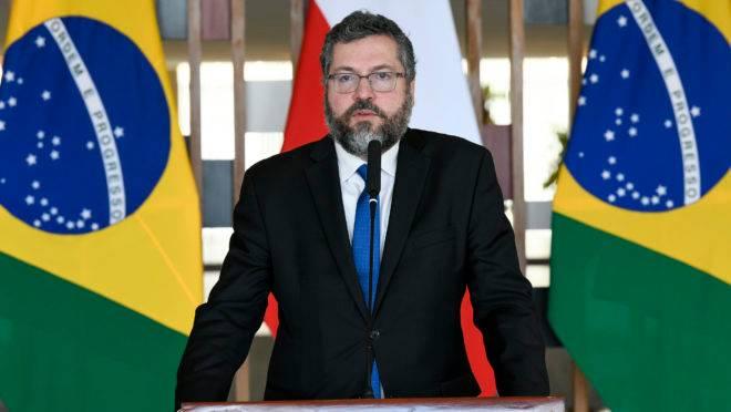 O ministro das Relações Exteriores, Ernesto Araújo, discursou nesta terça-feira (4) na abertura do Processo de Varsóvia, reunião internacional para discutir a paz no Oriente Médio.