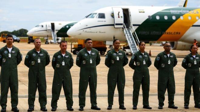 Militares da FAB que integram a missão de resgate de brasileiros em Wuhan.