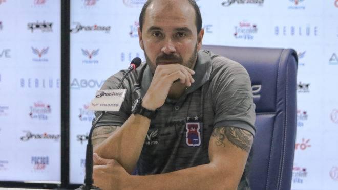 """Allan Aal ressaltou que a equipe paranista precisa de atletas mais """"rodados""""."""