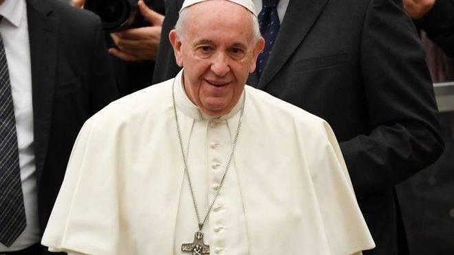 Em livro publicado nesta quarta-feira, o papa Francisco critica a ideologia de gênero.