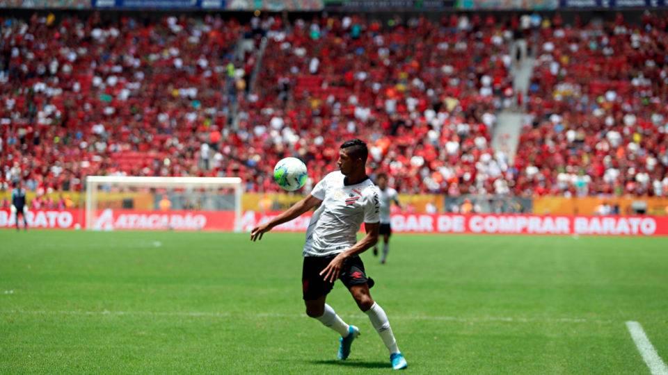Novela Rony ganha novo capítulo e Athletico oferece atacante ao Palmeiras