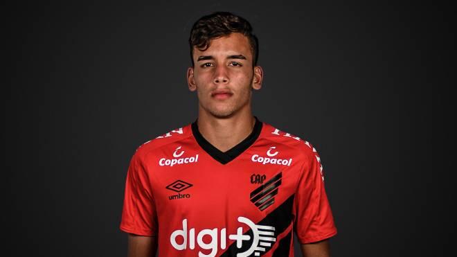 Raimar trocou o Paraná pelo Athletico ainda nas categorias de base