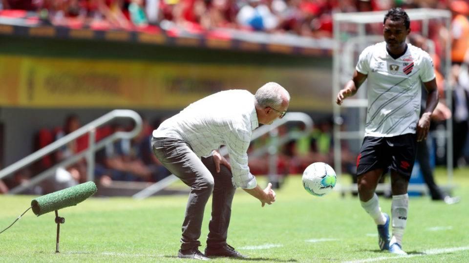 Athletico usará time principal contra o Cascavel CR